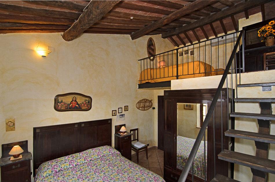 Camere agriturismo san martino - Camera con letto a soppalco ...